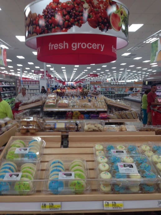 Maui Now Target Lovers Line Up For Bargains I Can T