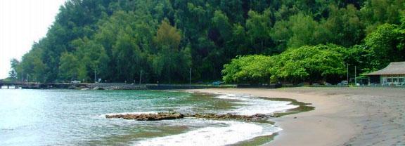 Hāna Bay. Photo courtesy County of Maui.