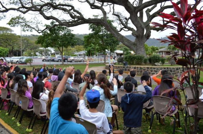 Lt. Governor Celebrates Read Across America. Photo courtesy Lt. Governor Shan Tsutsui.