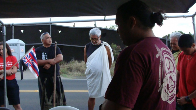 Vigil held in June 2012 to acknowledge and honor native Hawaiian ancestral burials in the Owa (Maui Lani/Sand Hills) area. File photo by Wendy Osher.