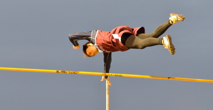 Baldwin's Kainoa Tom tied the meet record in the boys pole vault at 14 feet, 10 inches. Photo by Rodney S. Yap.