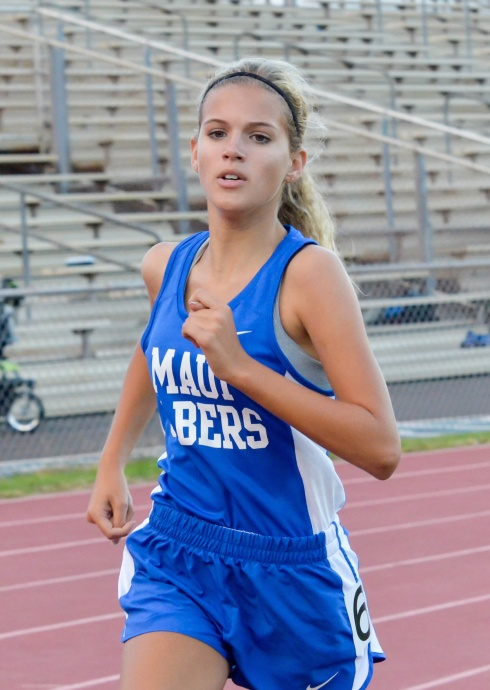 Maui High's Emily Craig finished second in the girls 800.  Photo by Rodney S. Yap.