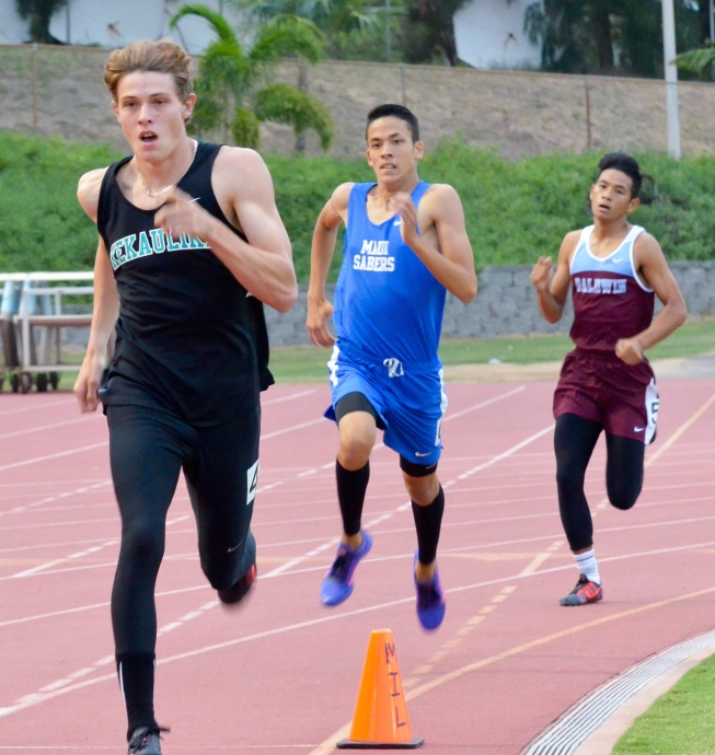 King Kekaulike's Jake Jacobs won the boys 800 in front of Maui High's Jonathan Nam and Baldwin's Zach Anguay. Photo by Rodney S. Yap.