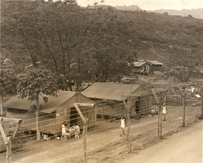 No. 910 Barracks at Honouliuli Internment Camp. R. H. Lodge photos from AR 19 Archival Collection. Photo credit: Japanese Cultural Center of Hawai'i – Resource Center – Historical Photographs collection.