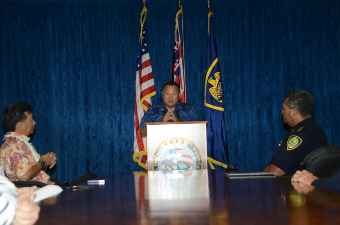 Maui Mayor Alan Arakawa at the Maui Police 'Station. Photo courtesy MPD.