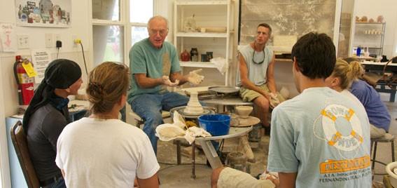 ceramicsstudents-567x268