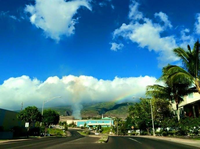 Fire near Lahainaluna. Photo by Kira Nakamura.