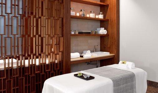 Andaz Maui Awili-Spa-and-Salon-Treatment-Room