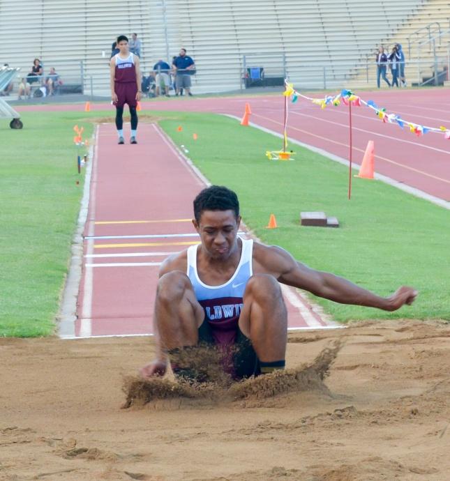 Baldwin's La'akea Kahoohanohano-Davis is the boys top MIL qualifier in the long and triple jumps. Photo by Rodney S. Yap.