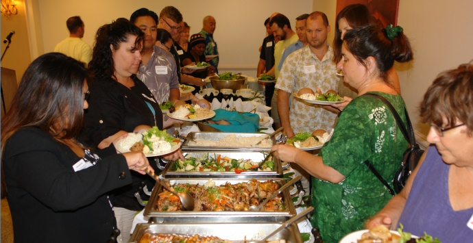 """Dinner time at the 2014 """"Masters of Retail Success on Maui."""" Image courtesy MBB."""