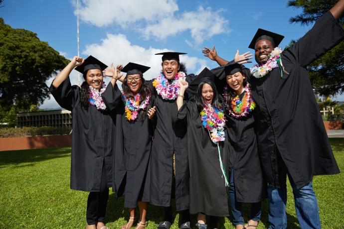 UH graduates, Photo courtesy Hawaiʻi P-20, 55 by '25 campaign.