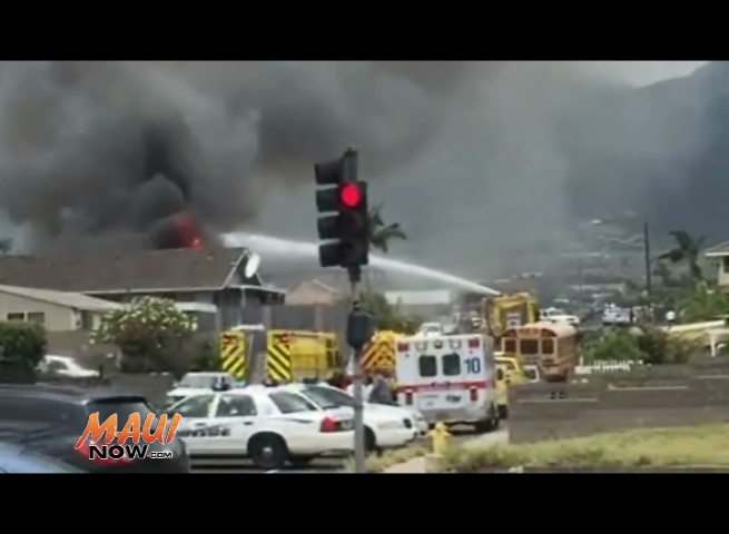 Kea Street home fire in Kahului. Photo credit Jack Dugan.