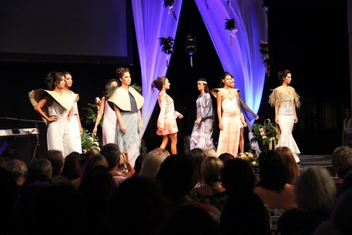 MAMo Wearable Art Show, Maui. Photo by: Marlo Antes.