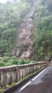 Landslide near Keʻanae along the Hāna Highway. (06.01.15) Photo credit: Kaliko Sanchez.