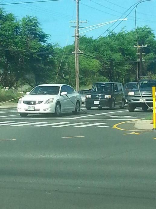 Cable line repair at Kaahumanu Avenue, 7/15/15.  Photo credit: Alia Ewaliko
