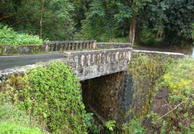Makanali Stream Bridge. Photo credit: Hawaiʻi DOT, Highways Division.