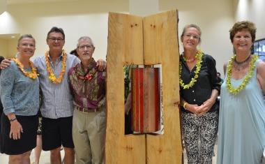 "Maui Lani Outpatient Clinic ""Opens House"".  (L to R): Dianna Grundhauser, Jim Powlan, Hal Jobe, Elizabeth Keller & Diane Lane (wife of artist Ed Lane).  Photo credit: Maui Memorial Medical Center Foundation."