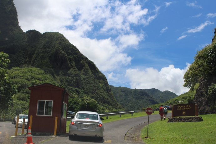 ʻĪao Valley State Park, photo Aug. 28, 2015 by Wendy Osher.