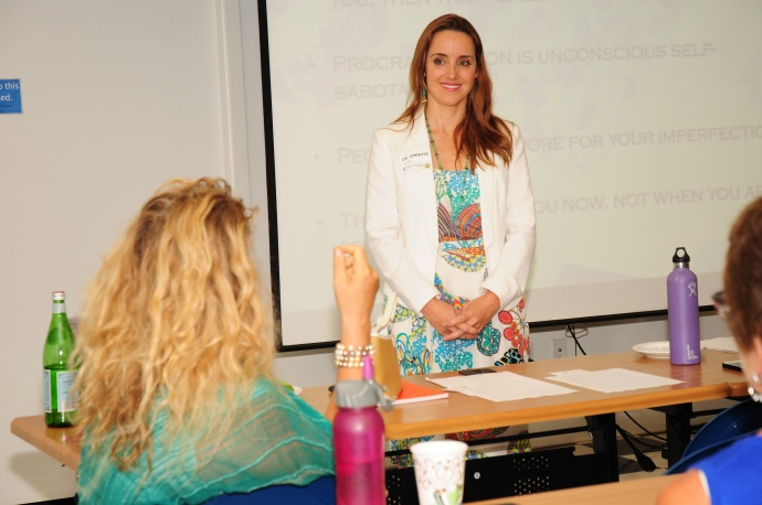 Entrepreneurial psychologist Dr. Jennifer Johnston-Jones shares her expertise with workshop attendees on the psychology of success. Courtesy photo.