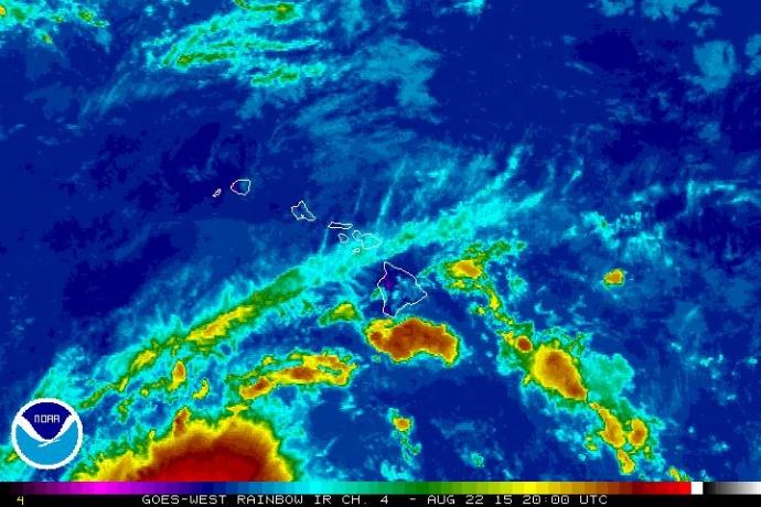 Kilo satellite imagery. 11 a.m. 8/22/15. Image credit: NOAA/NWS.