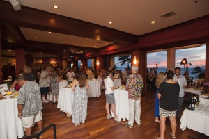 Diners at the launch party for Hawai'i Seafood Month at MiGRANT Maui. Photo by Mieko Horikoshi.