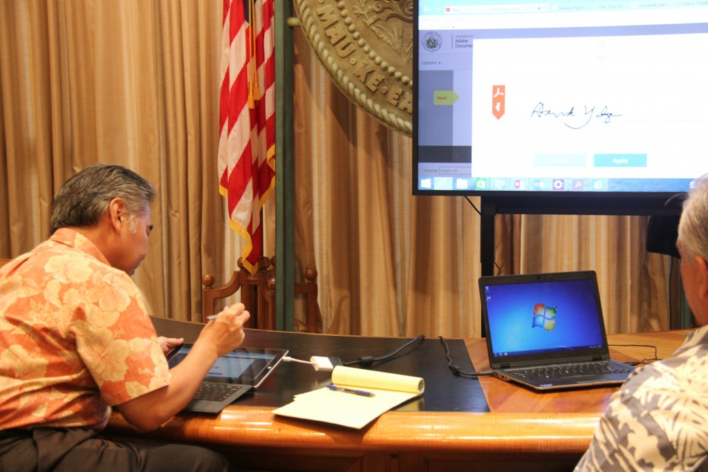 Governor's office goes paperless. Courtesy photo.