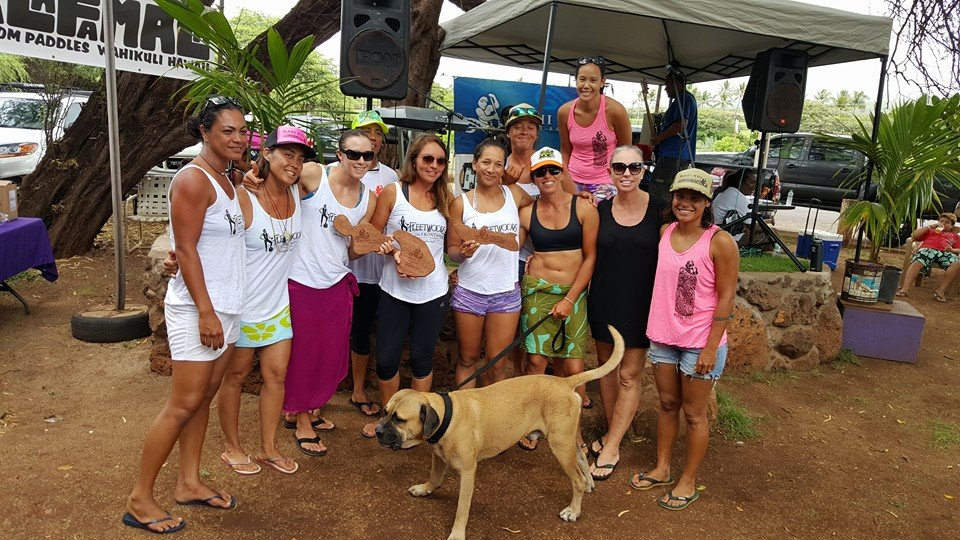 Maui Linen crew. 2015 Maui Nui Canoe Race. Courtesy photo.