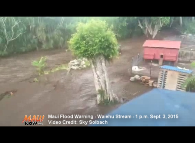 Waiehu Stream at around 1 p.m. on 9/3/15, during a Maui Flash Flood Warning event. Image credit: Sky Solbach.