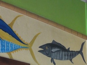 Fish decor at Coconut's Fish Cafe in Kihei. Photo by Kiaora Bohlool.