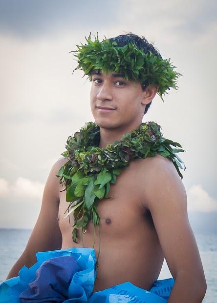 Kaleookalani Pinto of Hālau Hula ʻO Kawaihoʻomalu, Hula o Nā Keiki 2014 overall kāne winner. Photo credit: Dee Coyle.