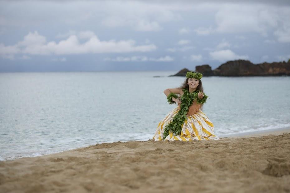 Leimakamae Maura Kea of Hālau Kekuaokalāʻauʻalaʻiliahi, Hula o Nā Keiki 2014 overall wahine winner. Photo credit: Dee Coyle.