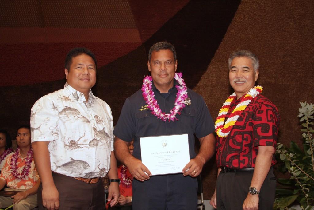 Steve Keahi (middle) with Gov. David Ige (right). Photo credit: George Kodama and James Dote.