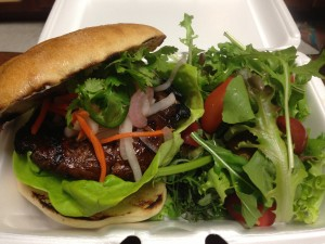 Portobello Banh Mi Sando at Maui Fresh Streatery. Photo by Kiaora Bohlool.