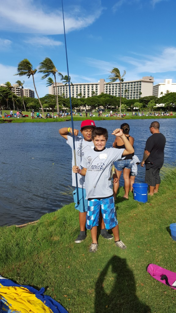 More than 2,000 attendees – including keiki and their 'ohana – cast their poles at the 7th Annual Keiki Tilapia Fishing Tournament 2015 hosted by Maui Electric and Kā'anapali Golf Course on Sunday, September 27.