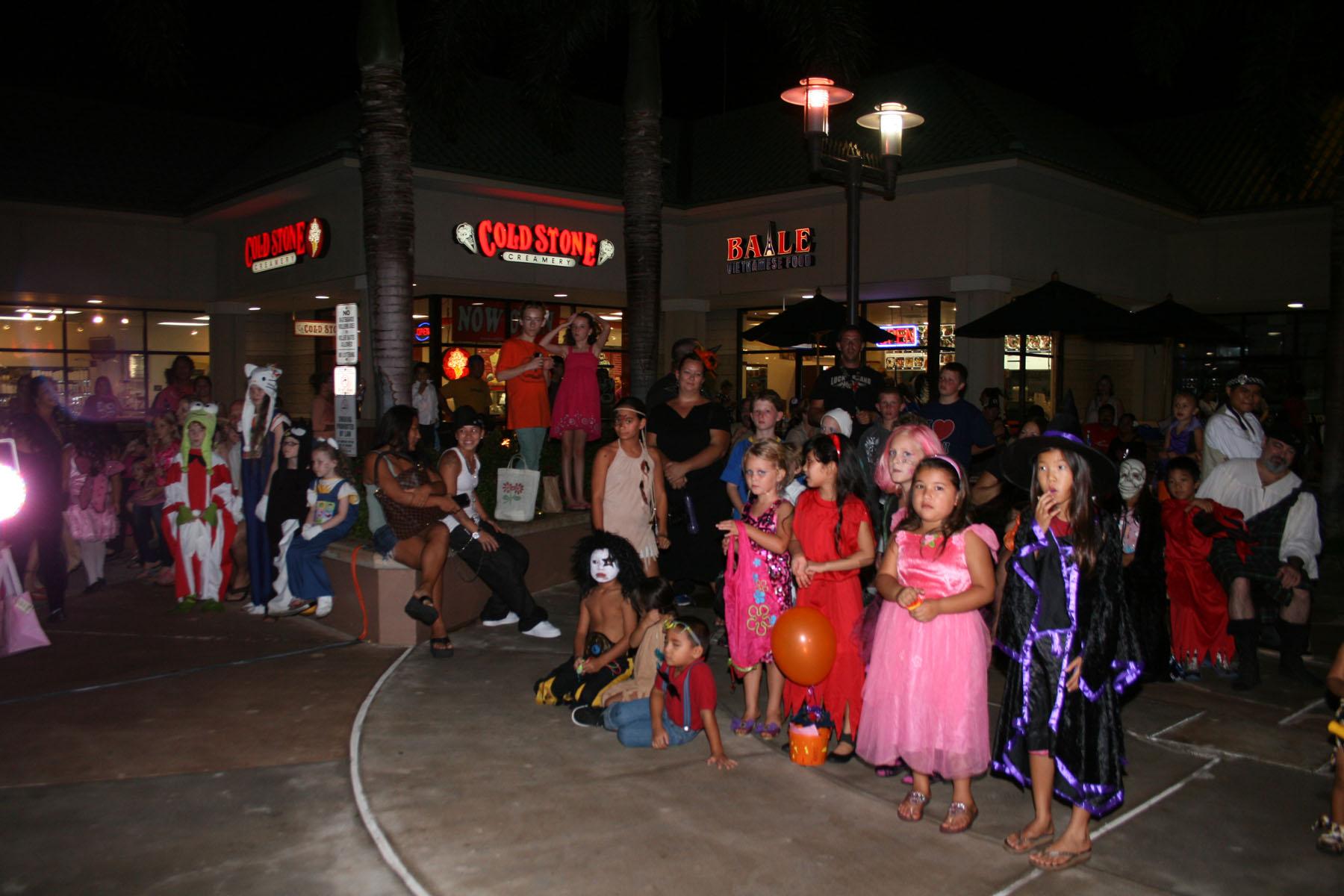 children costume contest 300 dpi