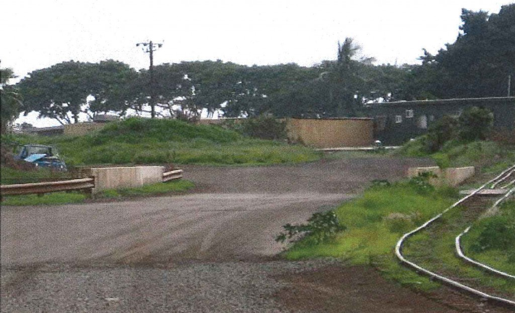 View South at Kahoma Stream Flood Control Channel Crossing (Cane Haul Road and LKPR Sugar Cane Train Track). Photo credit: Munekiyo Hiraga via Final Environmental Assessment prepared for the Maui Department of Public Works.