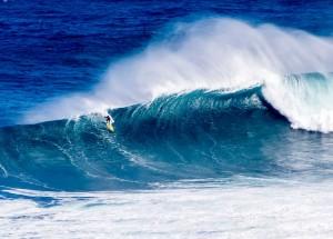 """Image: Jason Hastain / October 28, 2015 / Peahi """"Jaws"""""""