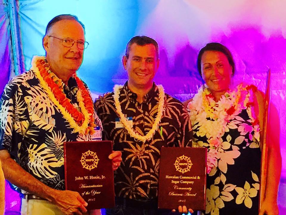 John W. Hoxie, Jr. of the Hui No'eau Visual Arts Center (left); Hawaiian Commercial & Sugar Company (middle); and Laks Abraham of Maui United Way (right). Photo courtesy MEO.