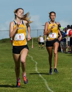 Punahou's Teresa Brady was second in 18:43.9, followed by teammate Noelani Obermeyer in 18:45.3. Photo by Rodney S. Yap.