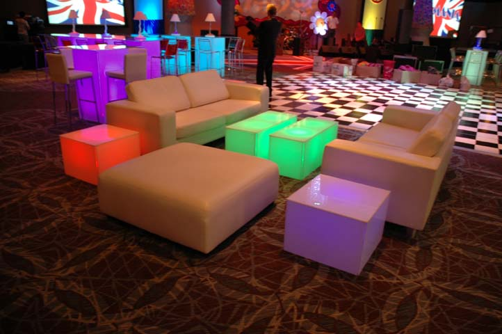 Geo Coffee Table. Photo credit: EventAccents.