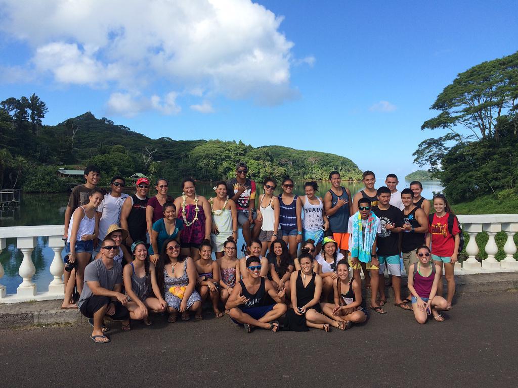 KS Maui Hawaiian Ensemble in Tahiti