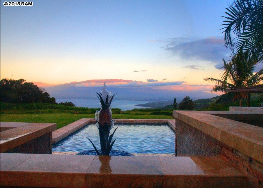 Luxury pick: 4933 Kahekili Highway, Wailuku. Photo courtesy RAM.