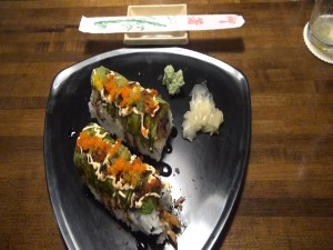 Dynamite sushi roll at Kahului Ale House. Photo by Kiaora Bohlool.