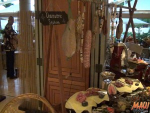 Charcuterie stand at DUO's Market Night. Photo by Kiaora Bohlool.