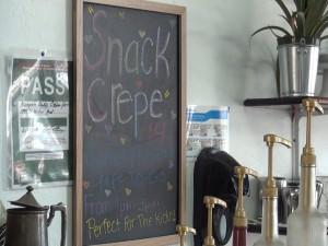 Snack crêpe, offered at Belle Surf Café. Photo by Kiaora Bohlool.