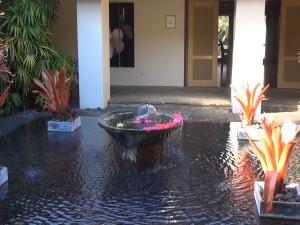 Fountain outside The Preserve Kitchen + Bar at Travaasa Hana. Photo by Kiaora Bohlool.