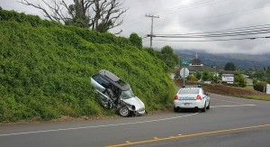 Kula Hwy traffic accident 12/3/15. Photo credit: Charles Hirata.