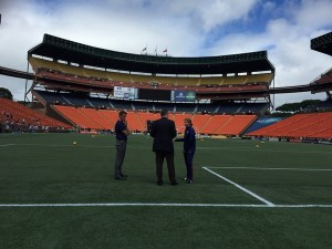 U.S. Women's coach Jill Ellis lets U.S. soccer officials know she's unhappy with conditions at Aloha Stadium. FOX Sports reporter Laura Vescey posted photo on her twitter Saturday. Photo by Laura Vescey.