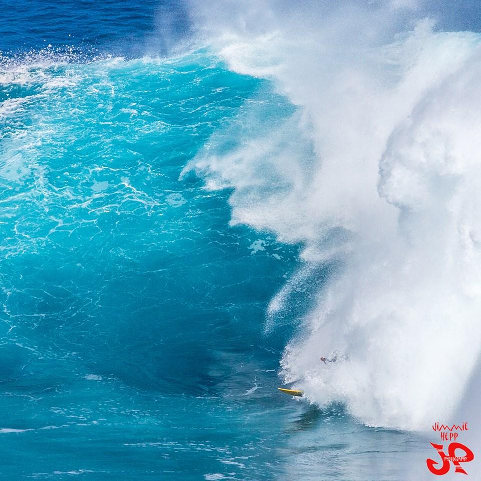 """Image: Jimmie Hepp / Pe'ahi """"Jaws"""" 1.15.15"""