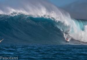 Surfer: Aaron Gold Image: John Patao